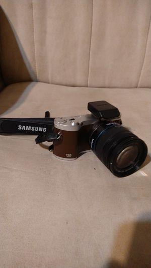 Samsung NX300 Digital SRL Camera for Sale in Wichita, KS
