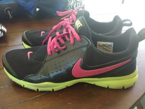 Nike shoes size 9.5 for Sale in Perris, CA