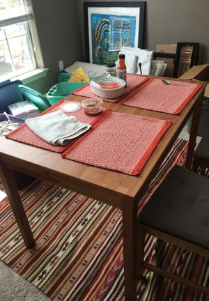 IKEA kitchen table and 4 chairs with cushions. Good ondition. Free! Need to pickup today! for Sale in Tampa, FL