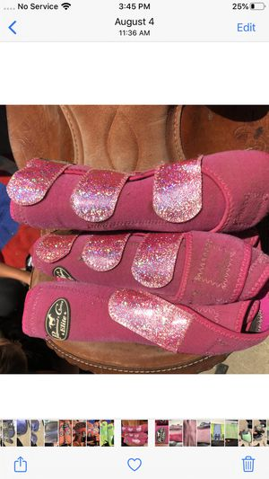 Professional choice splint boots pack of 4 pink with glitter straps for Sale in Salinas, CA