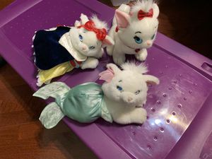 Disney aristocat plushies from Disney store for Sale in Wellington, FL