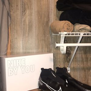Nike Custom Football Cleats And Large Nike Duffel Bag for Sale in State College, PA