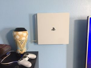 PS4 pro bundle 2tb for Sale in Dundee, FL