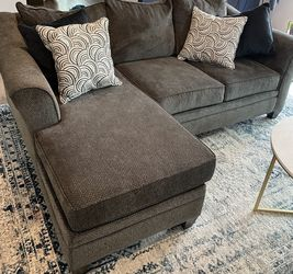 ALBANY Gray Sofa Chaise Sectional for Sale in El Cajon,  CA