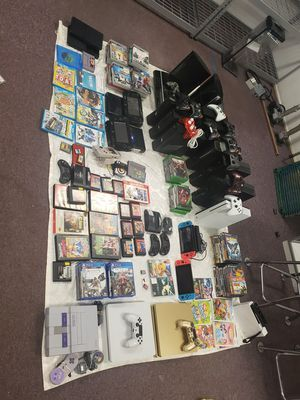 Lot PS4, PS3, XBOX ONE, NINTENDO SWITCH, SUPER NINTENDO, WII U, PS2, XBOX 360, PS3, MINI SEGA, GAME BOY, WII SYSTEMS WITH GAMES for Sale in Kent, WA