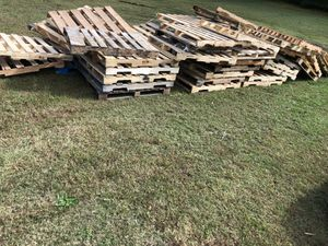 Pallets. Delivery available for Sale in Raleigh, NC