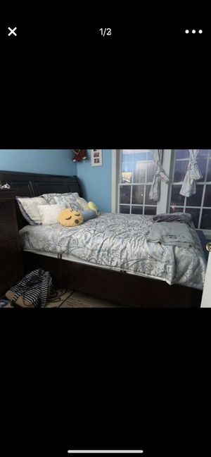 Queen bed for Sale in West Springfield, VA