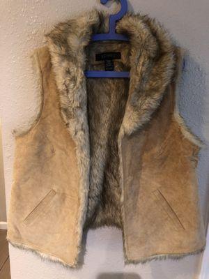 Lane Bryant suede faux fur vest size 14/16 plus for Sale in Walnut Creek, CA
