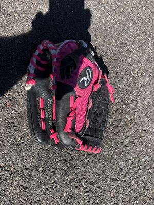 "Rawlings 10"" Glove for Sale in West Islip, NY"