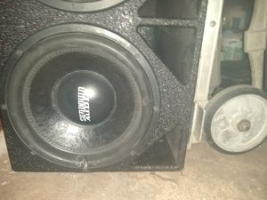 "2 Sundown audio 12"" 750W RMS speakers in a pro box for Sale in Arlington, TX"