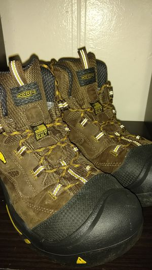 Keen utility American built water proof hiking boots new size 11.5 Mens shoes for Sale in Everett, WA