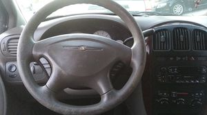 2001 Chrysler town and country v6 for Sale in North Las Vegas, NV