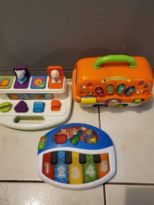 BABY EINSTEIN TABLET AND, VTECH ANIMAL TOY CARRIER AND A POP OUT TOY for Sale in Miami, FL