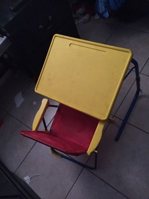 Kids desk for Sale in Phoenix, AZ