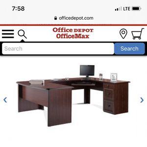 Executive Desk In Great Condition for Sale in Miami, FL