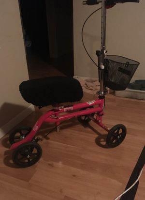 "Knee Rover, all terrain knee walker scooter heavy duty crutches girls or women "" pink"" for Sale in Portland, OR"