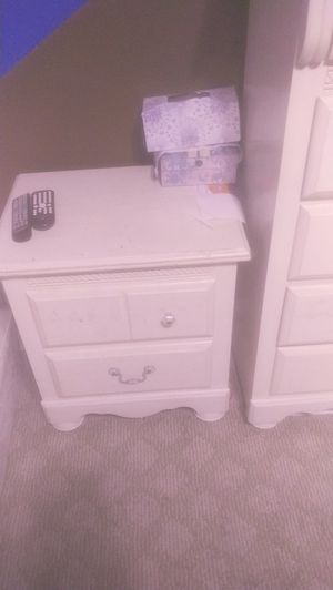 Bedroom set for Sale in San Bernardino, CA