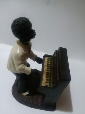 AFRICAN AMERICAN BOY MUSICIAN STATUARY for Sale in Wilmington, DE