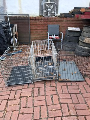 Dog crates/houses. Various sizes for Sale in Atlanta, GA