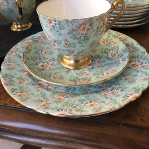 Fine bone China Shelley Marguerite for Sale in Sandy Spring, MD
