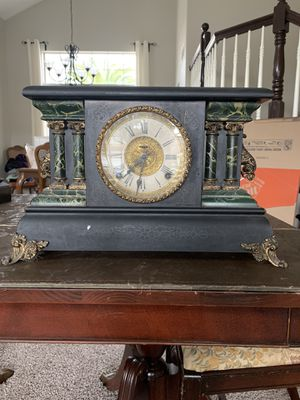 Antique Mantle Clock-E. Ingraham Co. for Sale in Temecula, CA