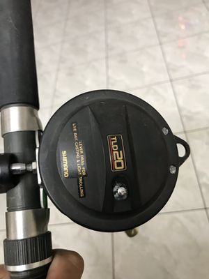 Deep sea fishing Shimano TLD 20 fishing reel with 7ft rod combo $100 for Sale in Westminster, CA