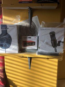 Audio Technica Microphone & Heaphones , Interface for Sale in Pasco,  WA