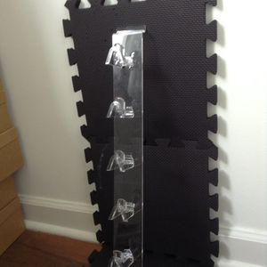 5 acrylic slat wall sunglasses display1 for $4.00 for Sale in Miami, FL