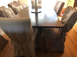 Dinning table with chairs for Sale in Fremont, CA
