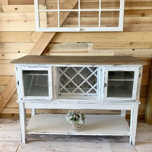 Buffet / Bar / Credenza for Sale in Parker, CO