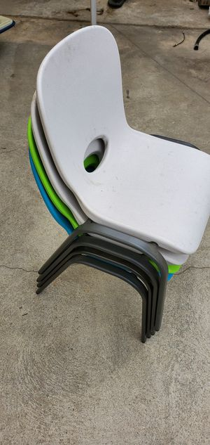 LIFETIME KIDS CHAIR 4 PACK for Sale in Lakewood, CA