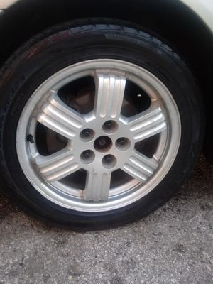 225 50 17 Wheel and tire 80% live for Sale in Washington, DC