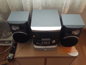 Magnavox Mini Stereo System **$25** for Sale in Newburgh Heights, OH