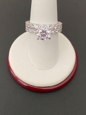 925 sterling silver Ring set for women size 9 for Sale in Los Angeles, CA