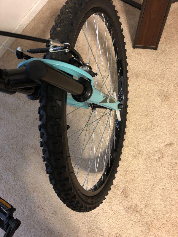 Female Huffy Mountain Bike