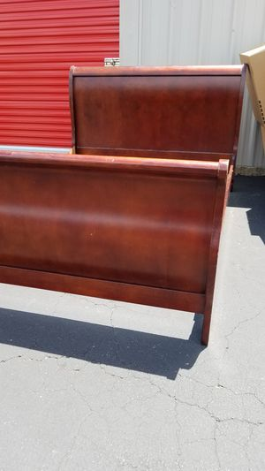 Queen Bed frame for Sale in Austin, TX