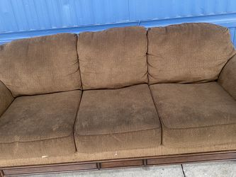Couches & Pillow Cases for Sale in Walnut Creek,  CA