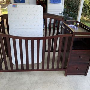 Crib And Changing Table for Sale in Tampa, FL