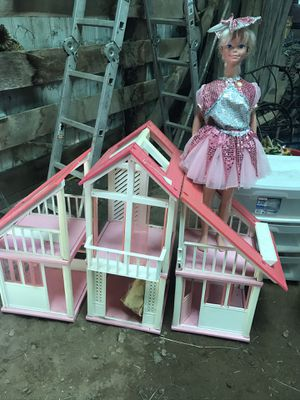 Vintage Barbie House for Sale in Cedar Hill, MO
