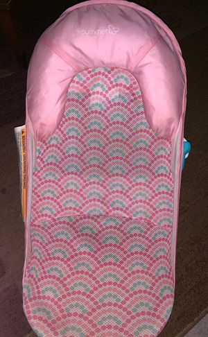Baby bathing seat for Sale in Modesto, CA