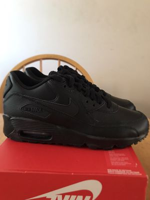 Brand new Nike air Max 90 triple black shoes youth 5.5y, women's 7 for Sale in La Mesa, CA
