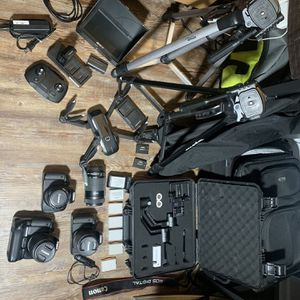 Canon Rebel T2i T5i T6i Bundle for Sale in Anaheim, CA