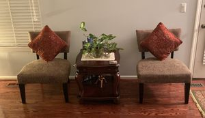 Armless Chairs, rugs, pictures and more for Sale in Alexandria, VA