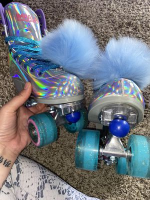 NIB SIZE 8 IMPALA HOLOGRAPHIC BUNDLE ROLLER SKATES for Sale in Irvine, CA