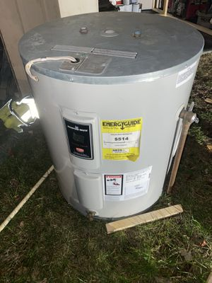 50 Gallon electric water heater for Sale in Riverdale, MD
