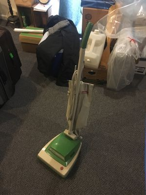 Hoover Convertible Vacuum w/Bags for Sale in Castro Valley, CA