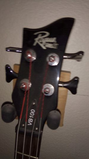 Rogue VB 100 violin Bass for Sale in Los Angeles, CA