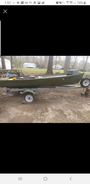 John boat with trailer for Sale in Fredericksburg, VA