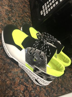 Size 10 sneakers for Sale in Pompano Beach, FL
