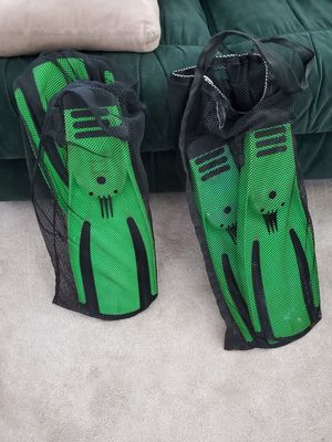 Snorkel scooba flippers for Sale in Algonquin, IL